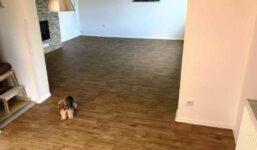"""Vybíráme podlahu: Je lepší PVC, nebo """"plovoučka""""?"""