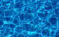 Jak pečovat o bazén? Udržujte vodu v bazénu křišťálově čistou
