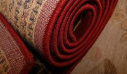 Jak vyčistit koberec od nežádoucích skvrn?
