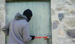 Jak nejlépe zabezpečit dům proti zlodějům