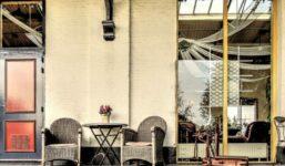 Použití zahradního nábytku v interiéru i exteriéru