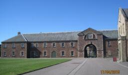 Pevnost Fort George ve Skotsku byla místem věznění zajatců i tréninků před ostrým bojem