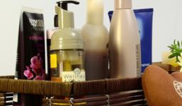 7 kyselin běžně užívaných v pleťové kosmetice