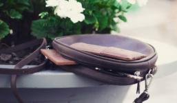 Jak pečovat o kožené kabelky a další výrobky z kůže