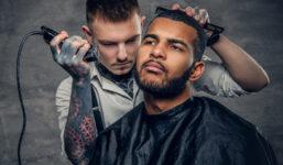 8 tipů, jak se vyhnout špatnému vlasovému stylingu