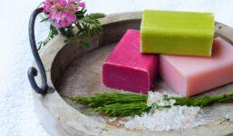 Jak si vyrobit vlastnoručně domácí mýdlo