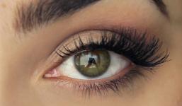 Magnetické řasy patří k horkým novinkám ve světě kosmetiky