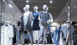 Na co si dát pozor při nákupu oblečení online?